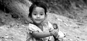 シングルマザー貧困原因