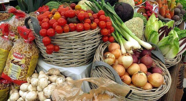 野菜 高騰 理由